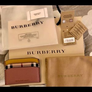 BNWT Burberry Card Holder / Card Case / Wallet